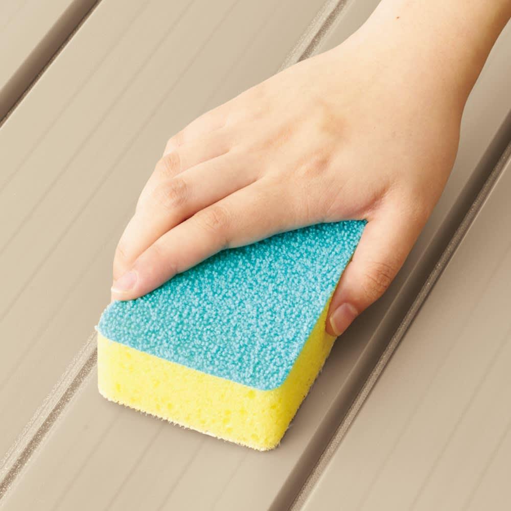 【サイズオーダー】銀イオン配合 軽量・抗菌折りたたみ式風呂フタ 奥行80cm(シルバー) 【Point】 溝が広めで洗いやすい!