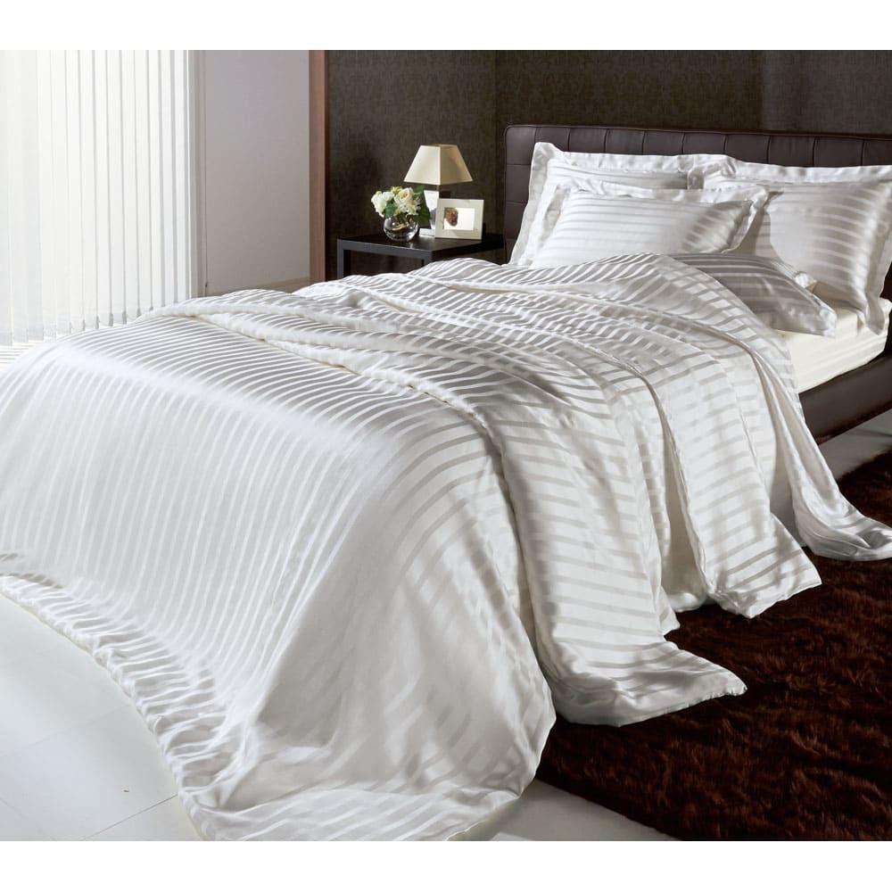 オールシルクシリーズ シルクカバー付き真綿肌掛け布団 ※シリーズコーディネート例。お届けは肌掛け布団のみです