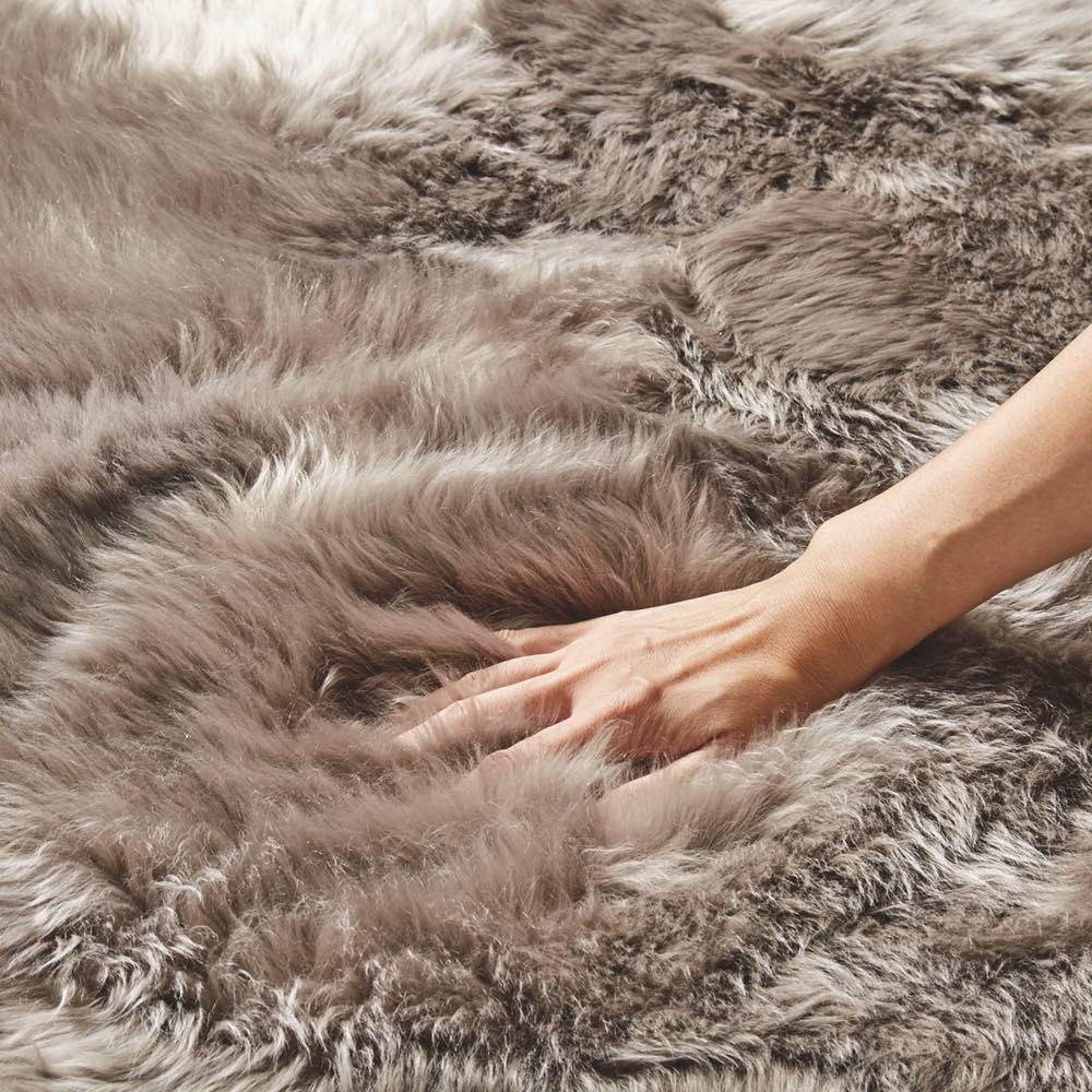 スプリングラム長毛ムートン 約50mmの毛足で柔らかな風合い