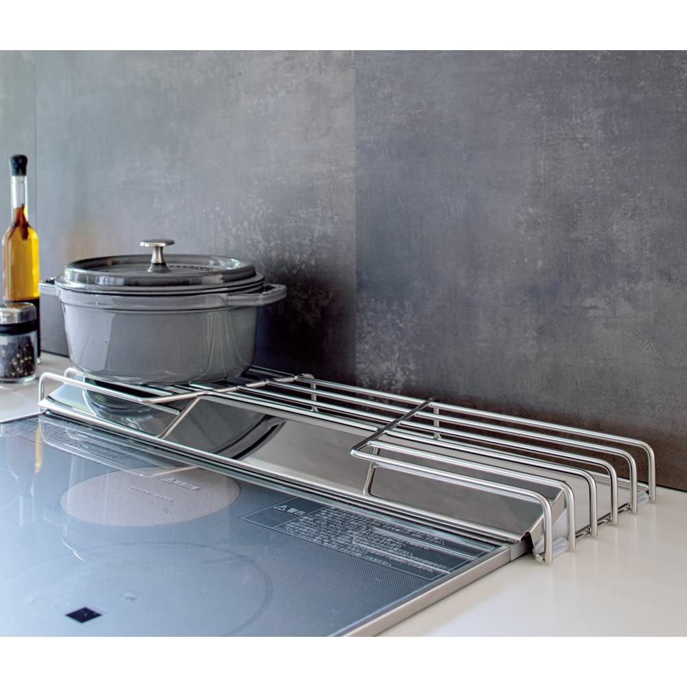 オールステンレス頑丈コンロ奥ラック 排気口カバー付き幅60cm用 排気口の汚れを防ぐカバー付き