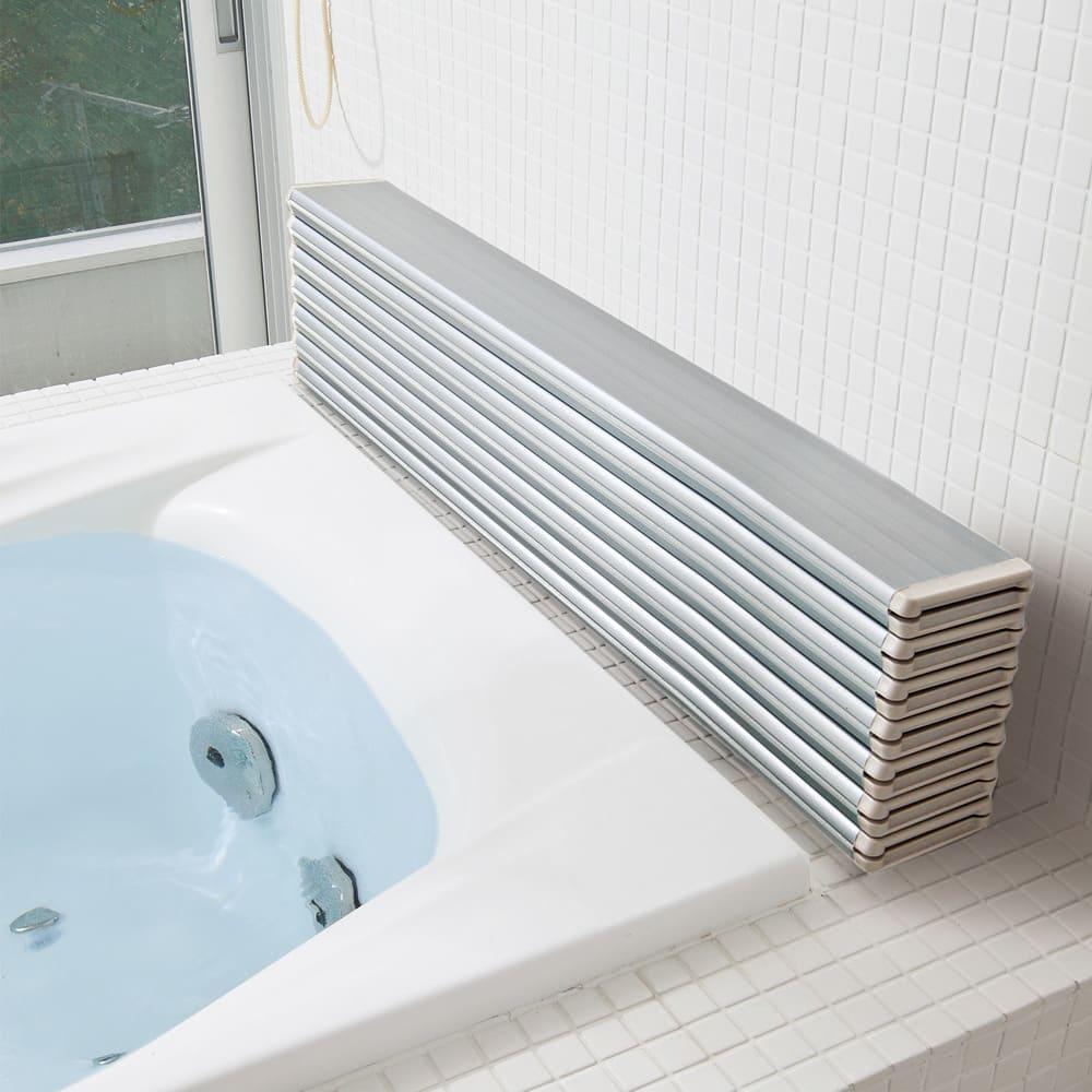 【サイズオーダー】銀イオン配合 軽量・抗菌折りたたみ式風呂フタ 奥行75cm(シルバー) シルバー色