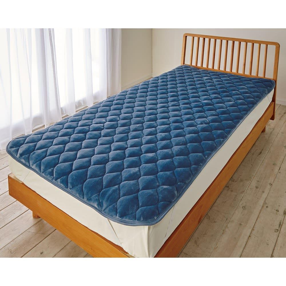 ダブル(【ディノス限定販売】ヒートループ(R) プレミアム 敷きパッド) グレイッシュブルー ベッドパッド・敷きパッド