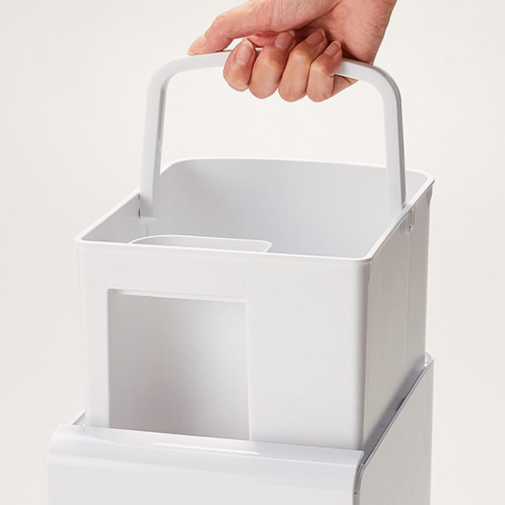 アロマ対応 ハイブリッド式加湿器 1個 ハンドルを持って取り外しも。丸洗いできて清潔。