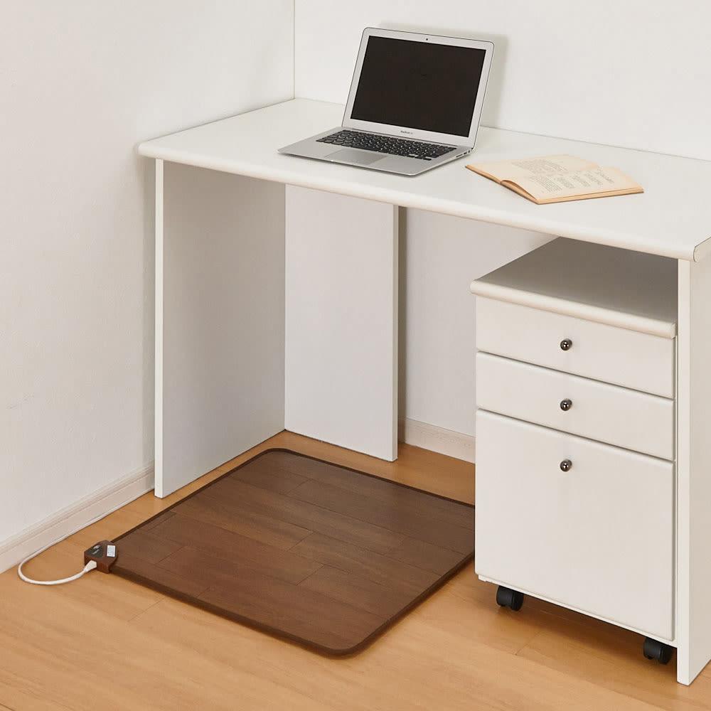 ホットテーブルマット 幅60cm 木目柄 (イ)ダークブラウン ※写真は約60×60cmタイプです。