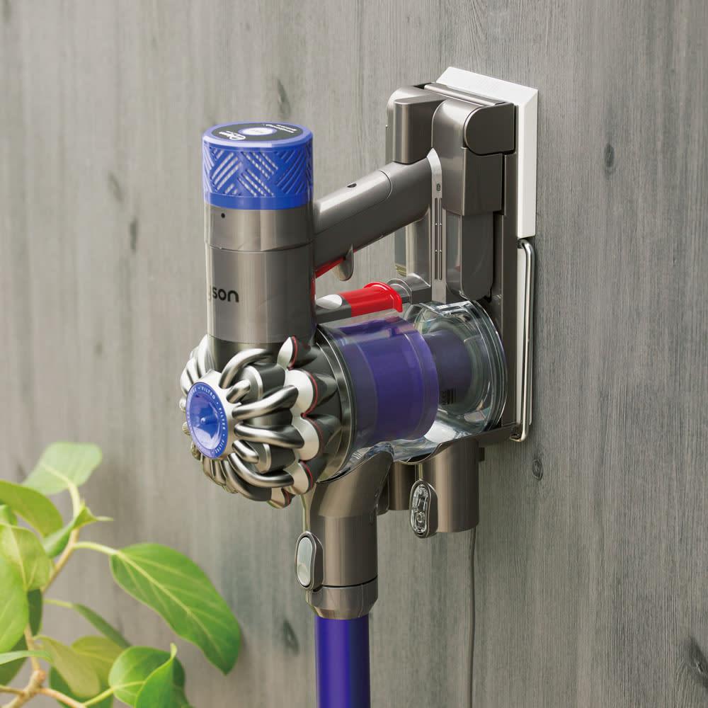 コードレスクリーナー用壁掛け収納ラック 687071