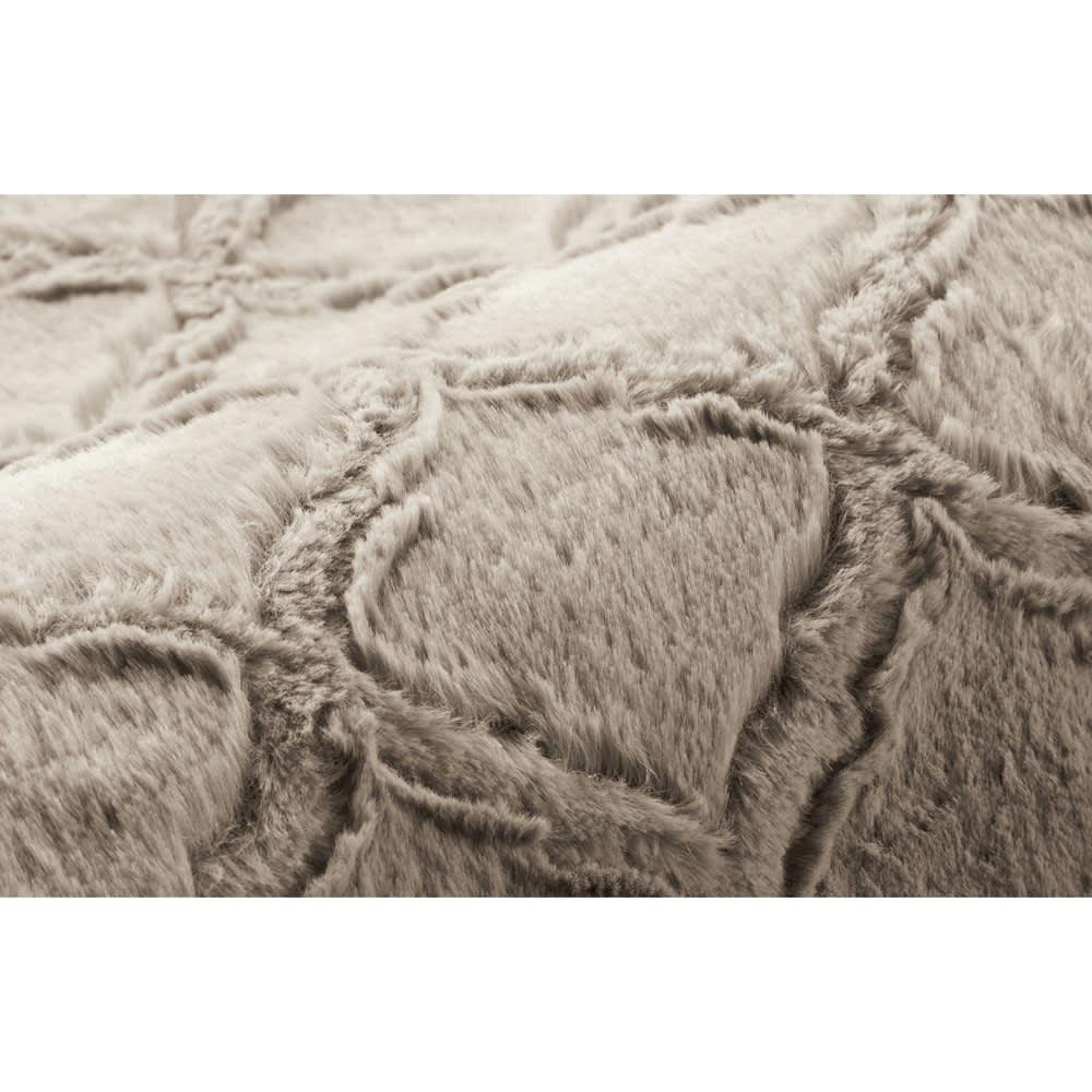 はっ水ファー調ハイタイプこたつ掛け布団 (イ)グレージュ なめらかでふわふわの肌触りがうれしい、ほどよい毛足のラビットファー調素材。