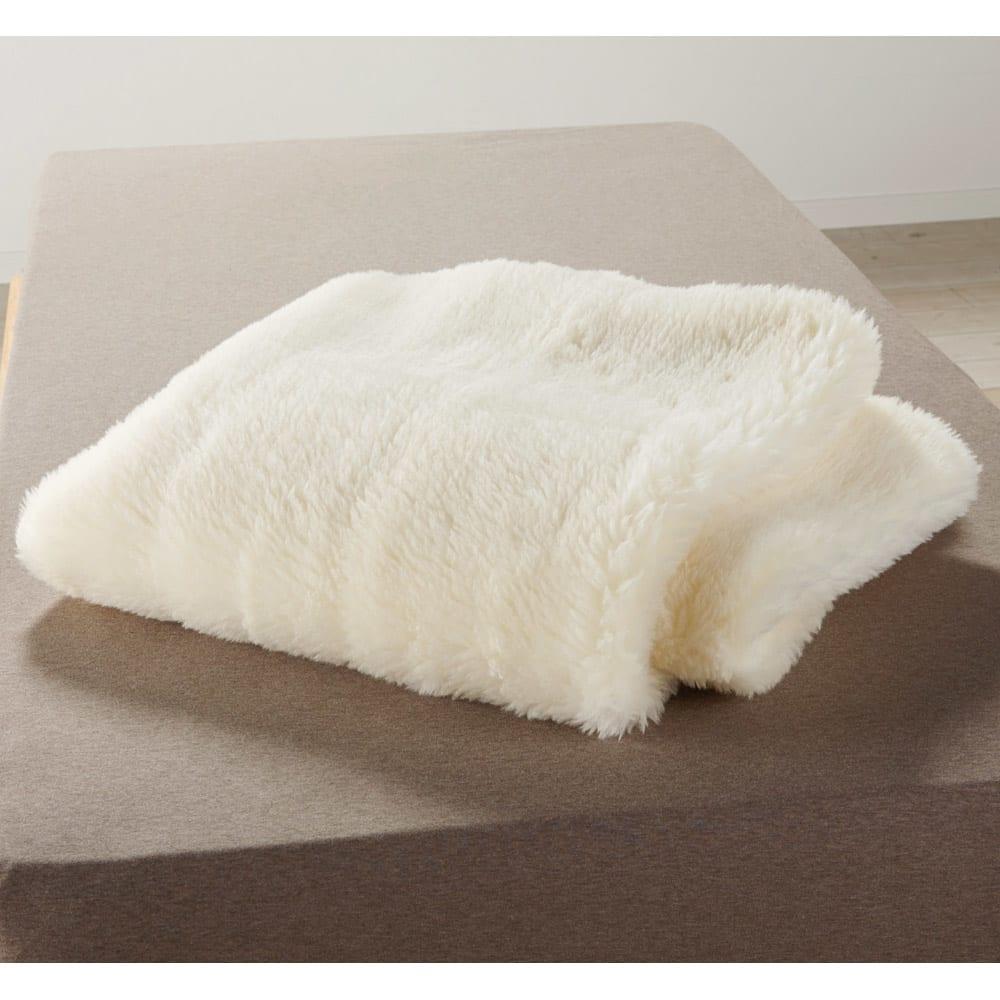 癒しの羊毛【メリノン】 ふかふか毛布シリーズ お得な掛け敷きセット 敷き毛布…敷き毛布は弾力性に富んだコリデール種のウールを使っているため、へたりにくく丈夫。