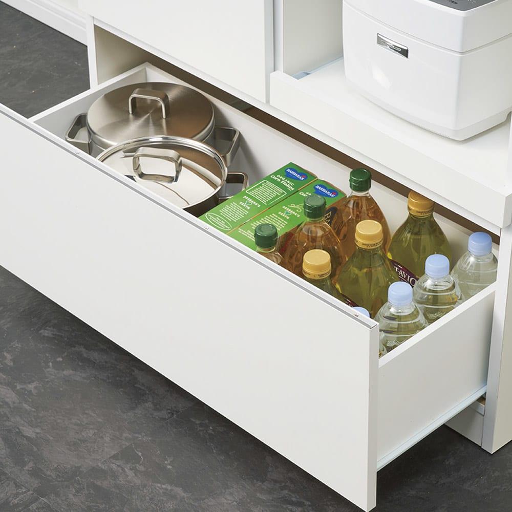 作業カウンター付きコンパクト食器棚 ハイタイプ 幅89cm 深引き出しには大きな鍋も収納可能。