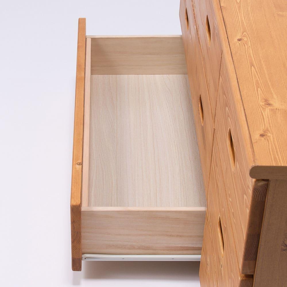 レール付き パイン天然木チェスト 5段 幅70高さ96.5cm 引出しは全段スライドレール付きなので開閉ラクラクです。