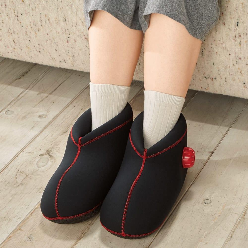 やわらか湯たんぽ 足用ショートタイプ 足を濡らさず気軽に足湯感覚。足裏にはゴムを使用。(イ)ブラウン