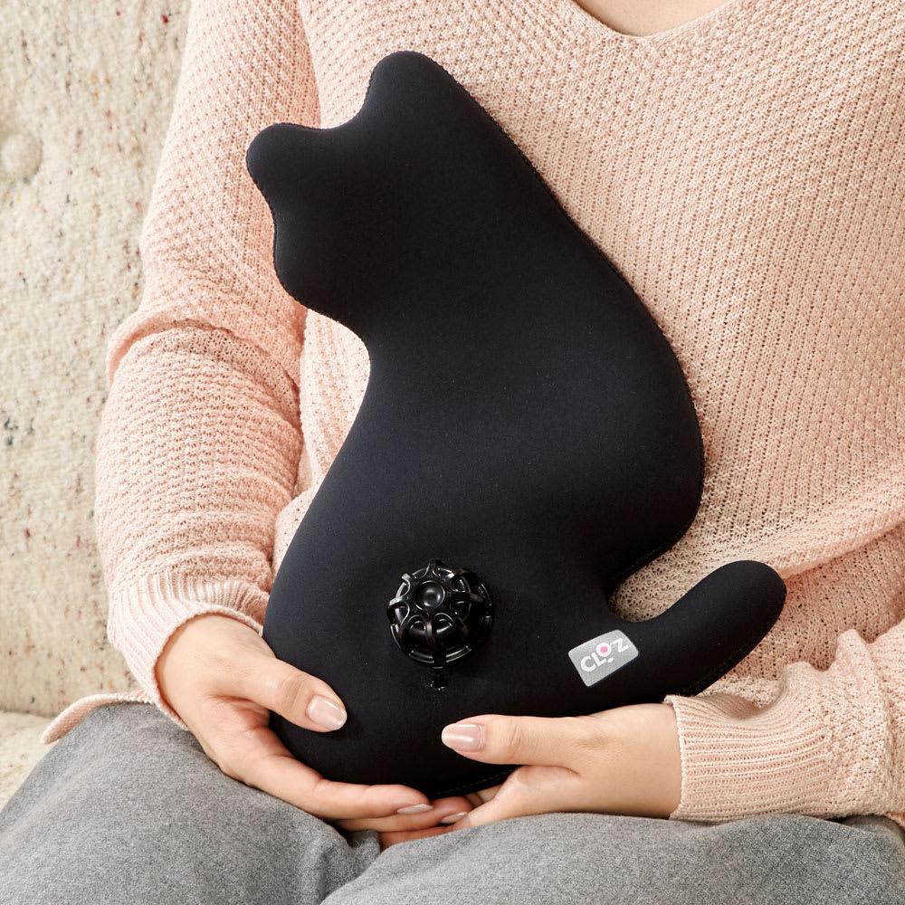 やわらか湯たんぽ 猫型 いろんな所で使える。まるで本物の猫を抱っこしている感覚。 (イ)ブラック