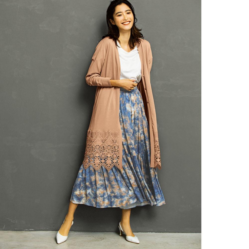 イタリア糸コットン 裾レースロングカーディガン (ア)ピンクベージュ コーディネート例