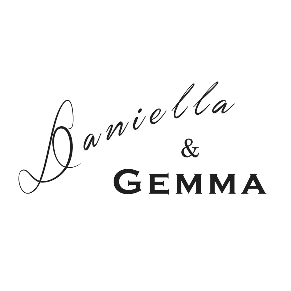 Daniella&GEMMA/ダニエラ&ジェマ Vカットフラットシューズ