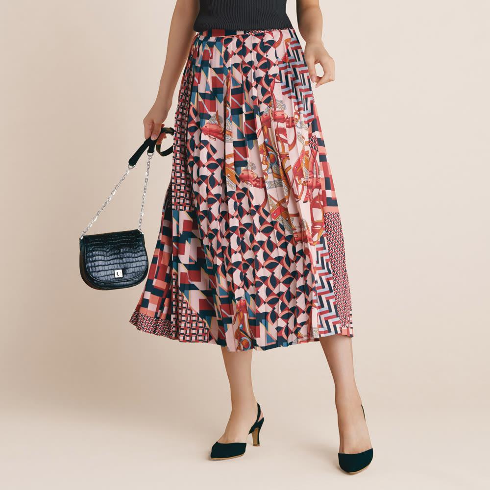 スカーフ柄 プリーツスカート コーディネート例