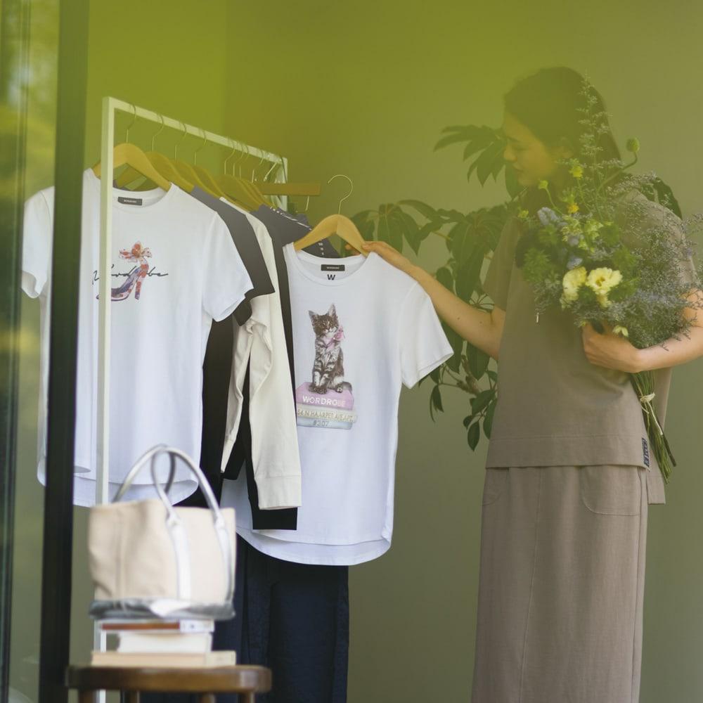 WORDROBE/ワードローブ キャット柄 Tシャツ(ラインストーン付き) (ア)ホワイト ※真ん中の商品です。