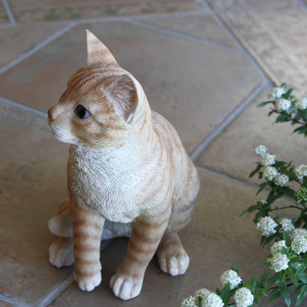 ネコのオーナメント 座りネコ ※商品色は他の写真を参照ください。
