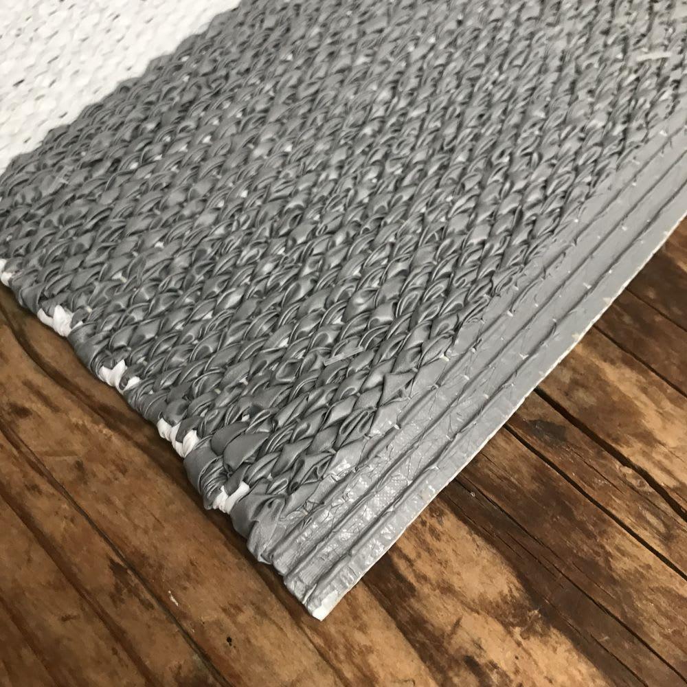 汚れが拭き取れるリバーシブルマット 90×45cm やわらかい素材です。