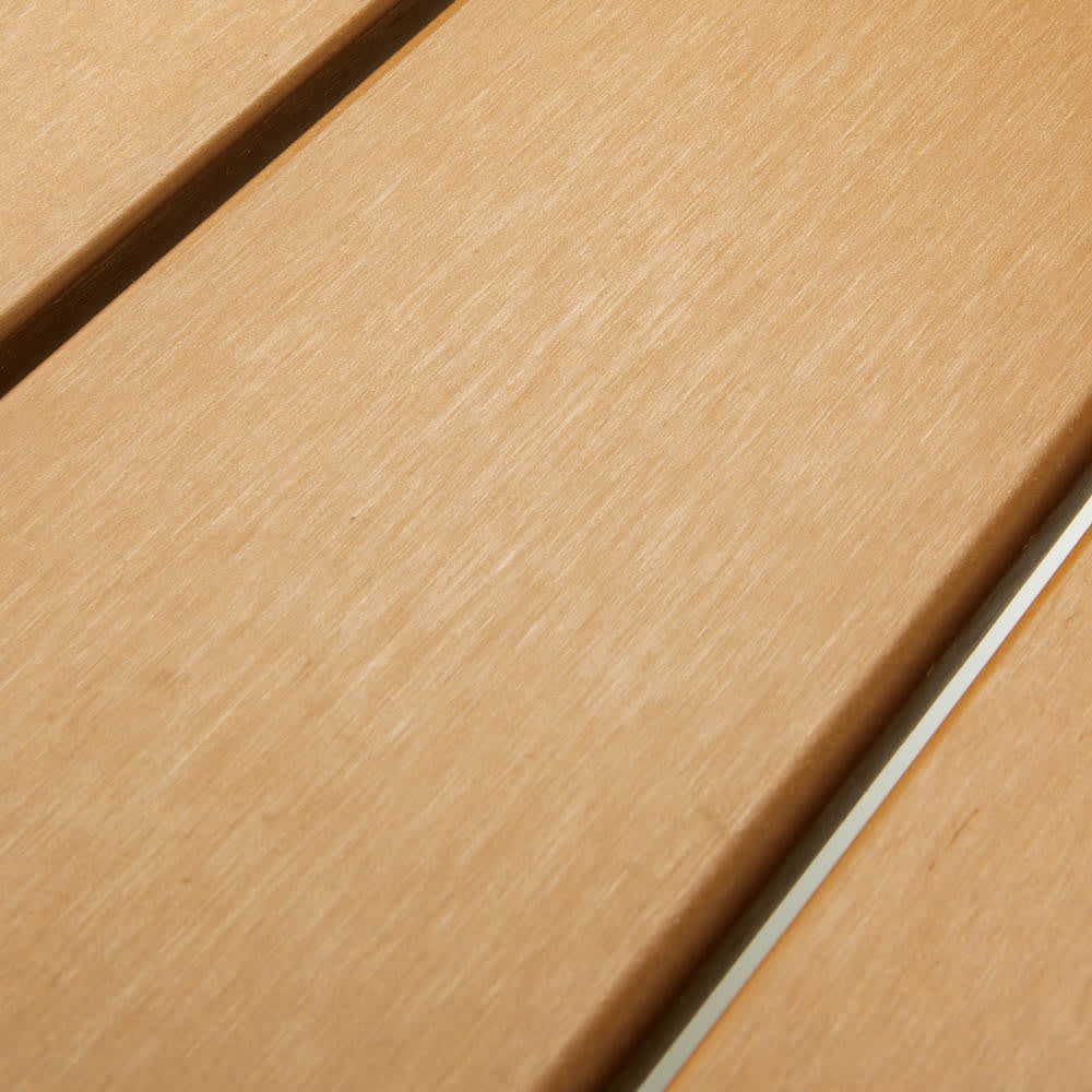ファーストクラスファニチャー 長方形テーブル 木粉と樹脂を混ぜた、朽ちにくい人工木。