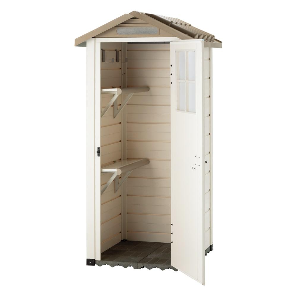 イタリア製物置 三角屋根 棚板は、内部の背面・左右側面に設置が可能です。