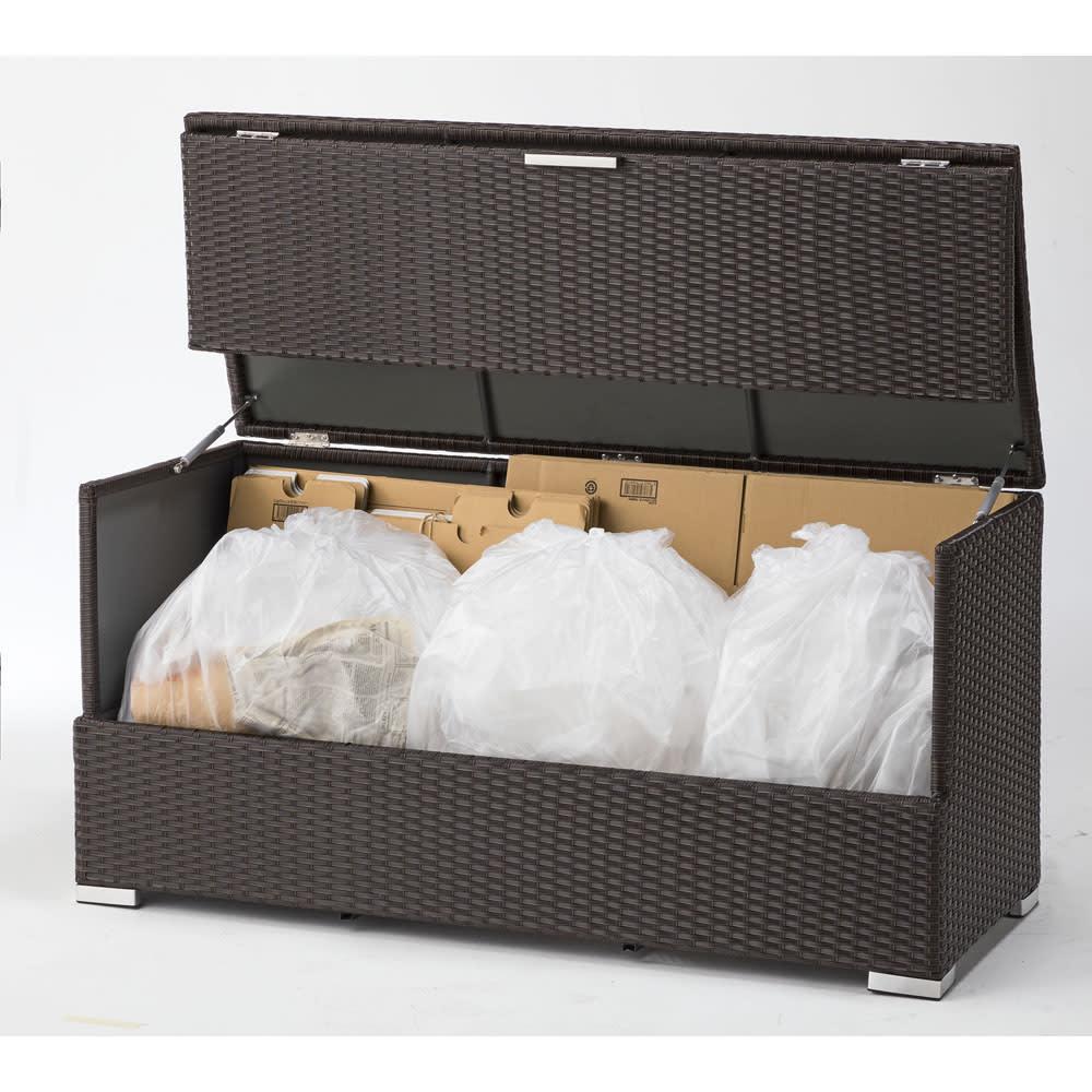 組立不要 ラタン調ゴミ保管庫 幅130cm ダンボールやゴミ袋がたっぷり入ります。