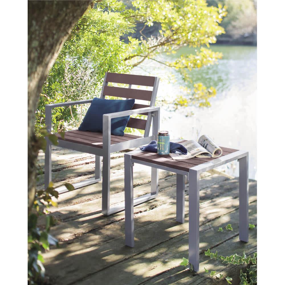木風プラスチック&アルミファニチャー サイドテーブル G67614