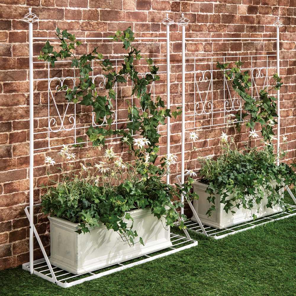 プランター台付きエレガントトレリス ロー2点セット(ロー×2) ブラックは重厚感たっぷり、ホワイトはクリーンで清楚な印象。外壁の色合いやお庭のテイスト、植物とコーディネートできる2カラーをご用意。