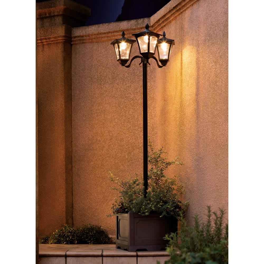 プランター付きソーラーライト 1灯 イメージ ※画像は3灯タイプ。お届けは1灯タイプです。