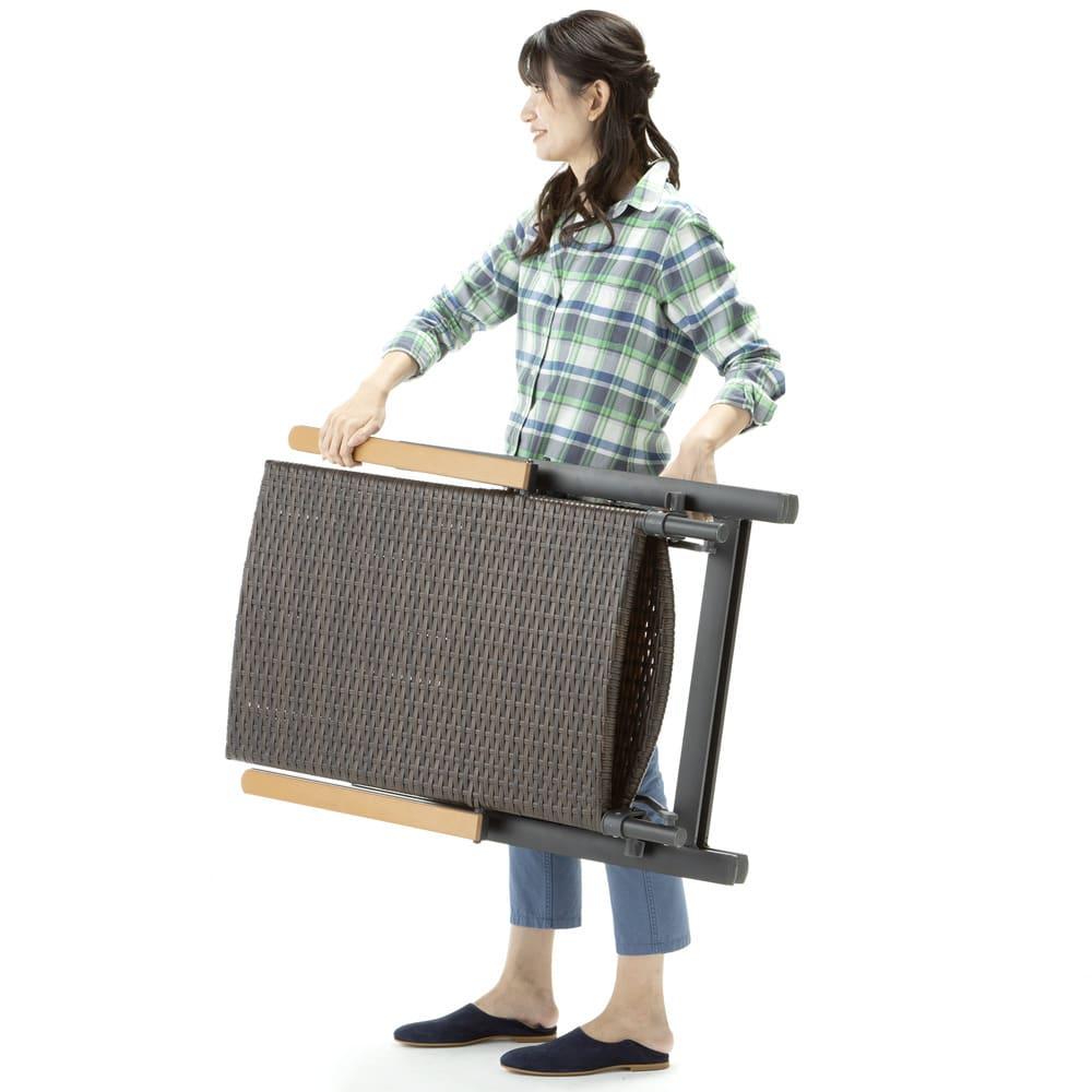 ファーストクラスファニチャー 正方形5点セット 軽量で持ち運びスムーズ。