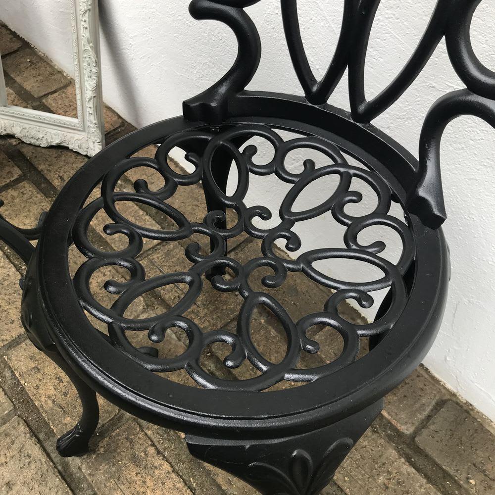 大理石調コンパクトテーブル&チェア 3点セット 繊細でおしゃれなデザイン。