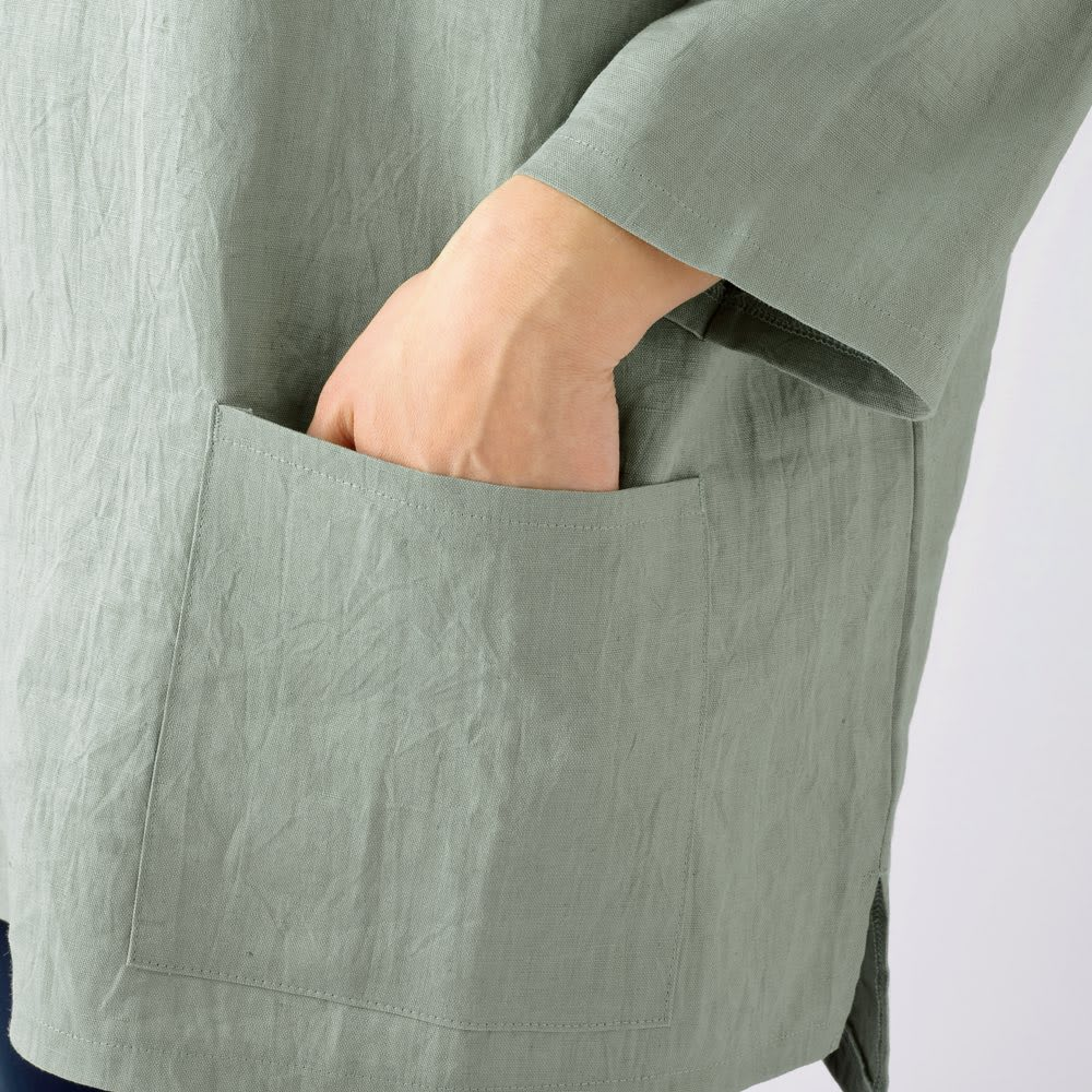 吉谷桂子先生デザイン 麻のスモック 両サイドに大きなポケットがあるので便利。