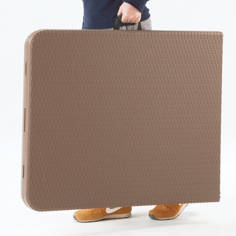 折りたたみ作業台シリーズ テーブル ホワイト 折りたたんで持ち運び可能です。(写真はイメージです。)