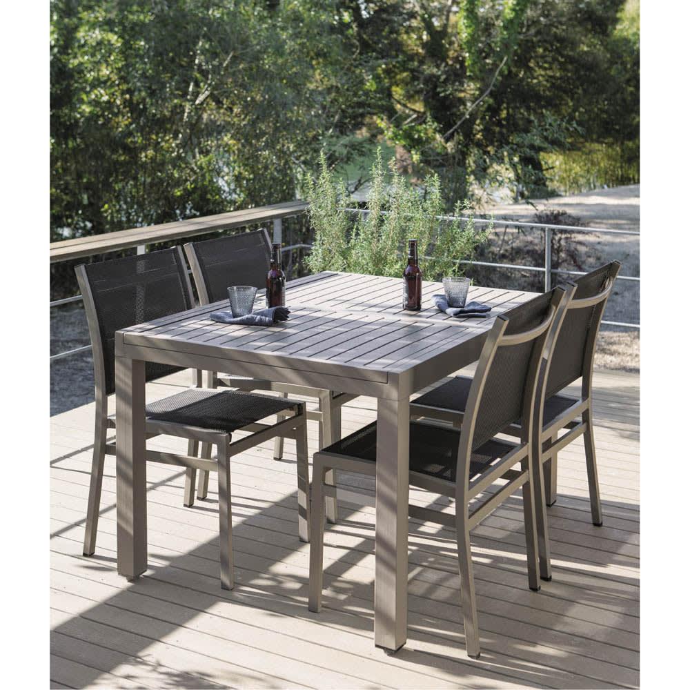 伸長式アルミテーブル&チェア 7点セット (イ)ベージュグレー (イ)はモダンなグレイッシュカラー。天板通常時は省スペースで使えます。 ※写真は5点セットです。