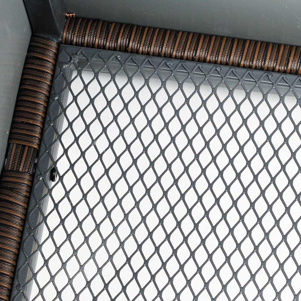 ラタン調コンパクトシリーズ〈ライトグレー〉 薄型ベンチ幅60 底面がメッシュ状で水はけがよく、通気性に優れています。※画像はウィッカーの色が異なります。お届けはグレーです。