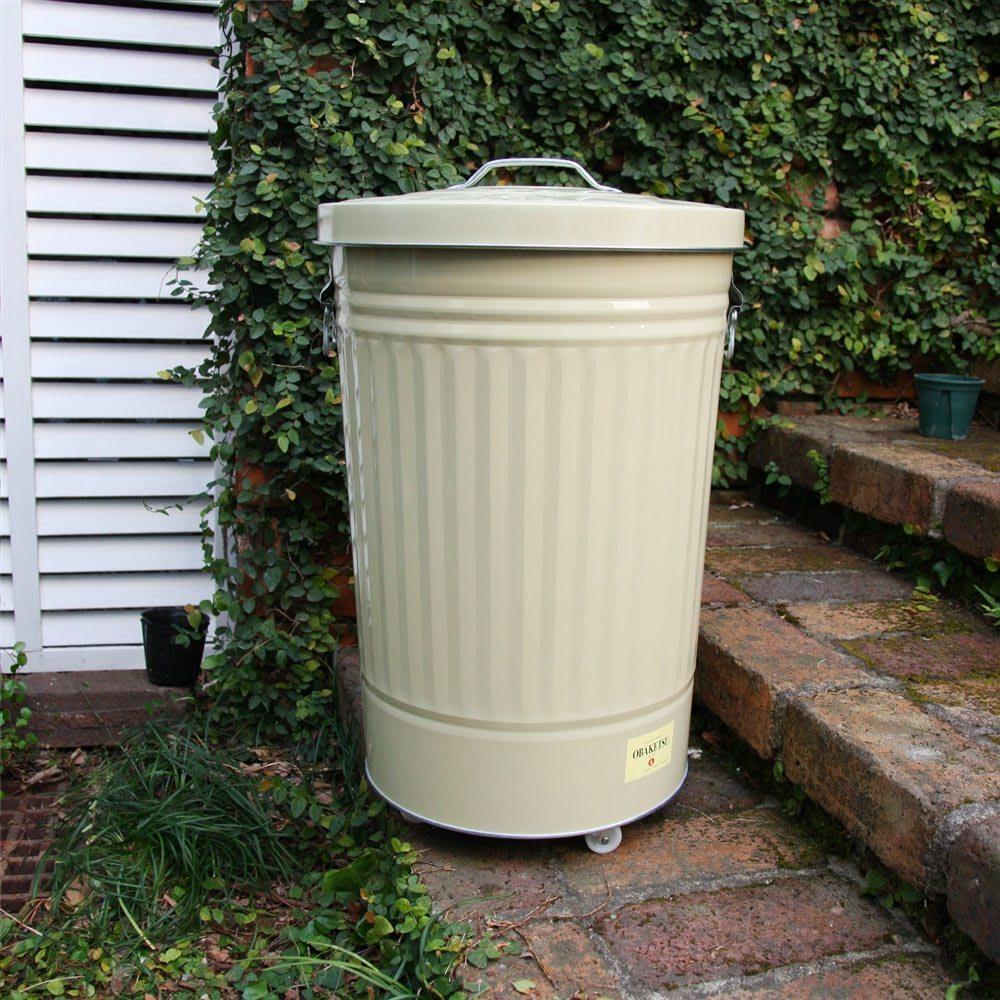 OBAKETSUカラーゴミ箱 ※写真は大(42L)タイプです。