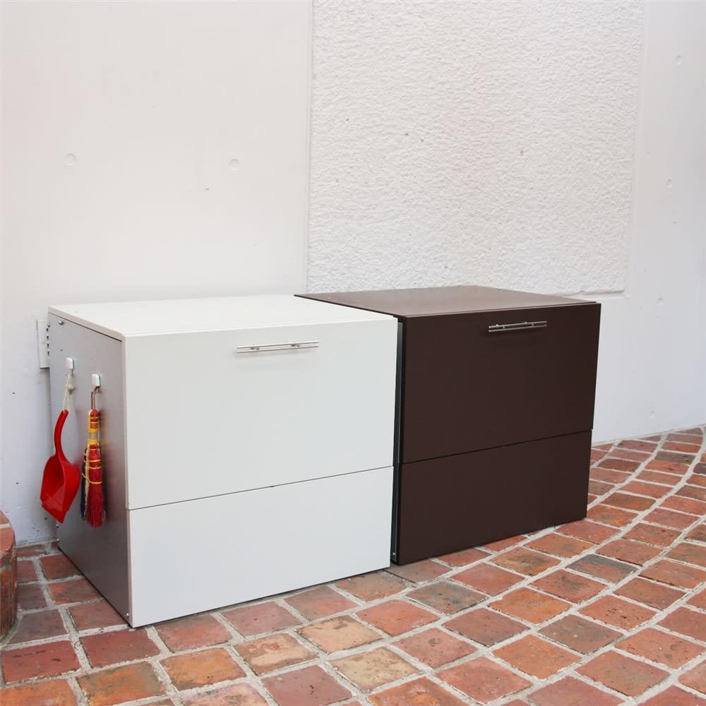 ガルバ製ゴミ保管庫 レギュラータイプ 幅69奥行55cm モダンなデザインで、フタを閉めればゴミ箱に見えません。