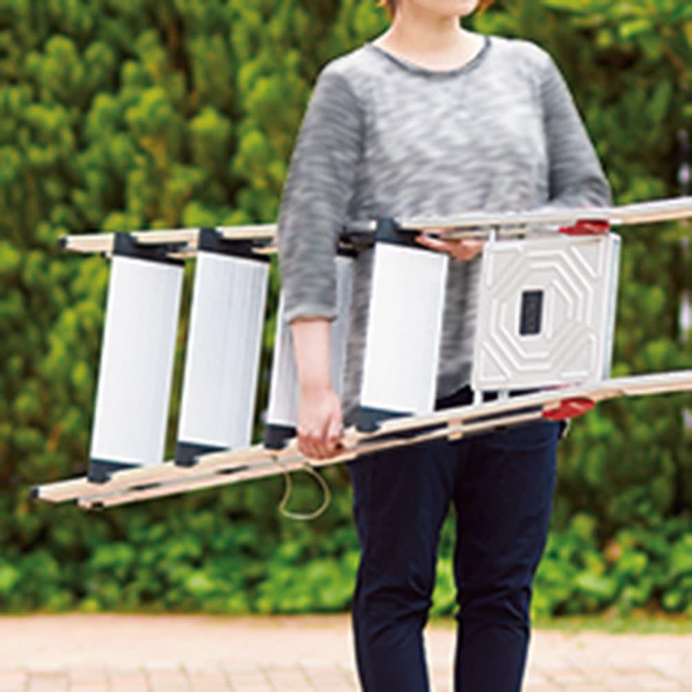 独ハイロ社ワイドステップ脚立 4段 軽量で移動しやすくサビにも強いアルミ製。