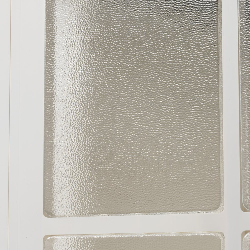 イタリア製物置 片屋根 充電式電動ドライバー付き 気泡が踊る手作り風窓ガラスが印象的。割れにくいアクリル製。