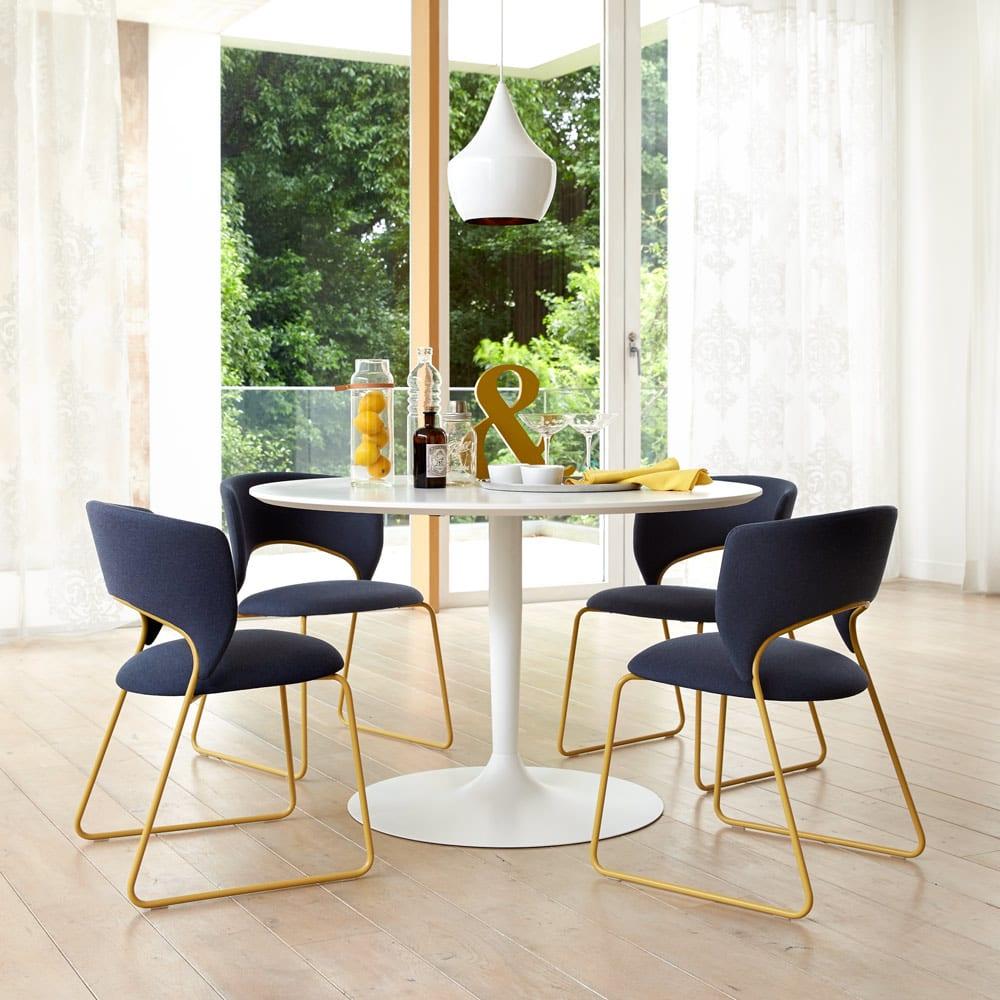 テーブル・チェア(椅子)