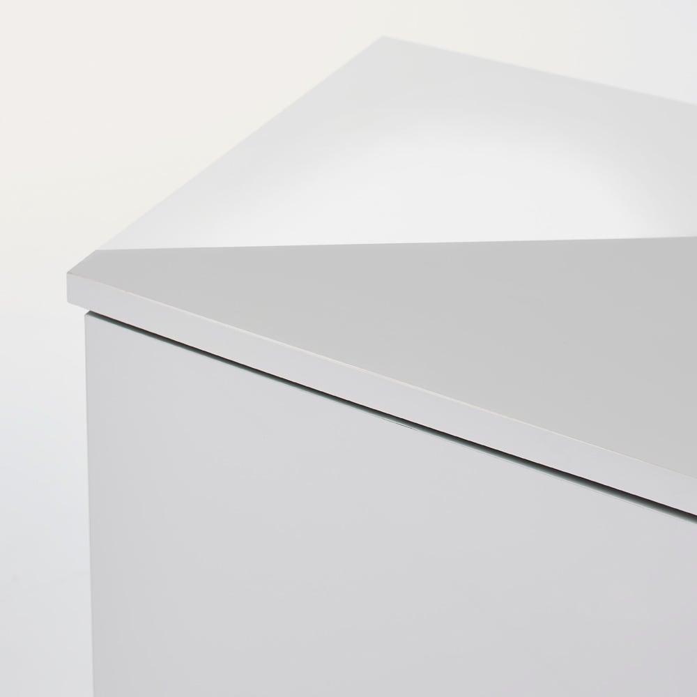 Leliel/レリエル ハイグロススライドボード 幅158.5高さ60cm 天板は熱にも強く丈夫なメラミン化粧合板を使用