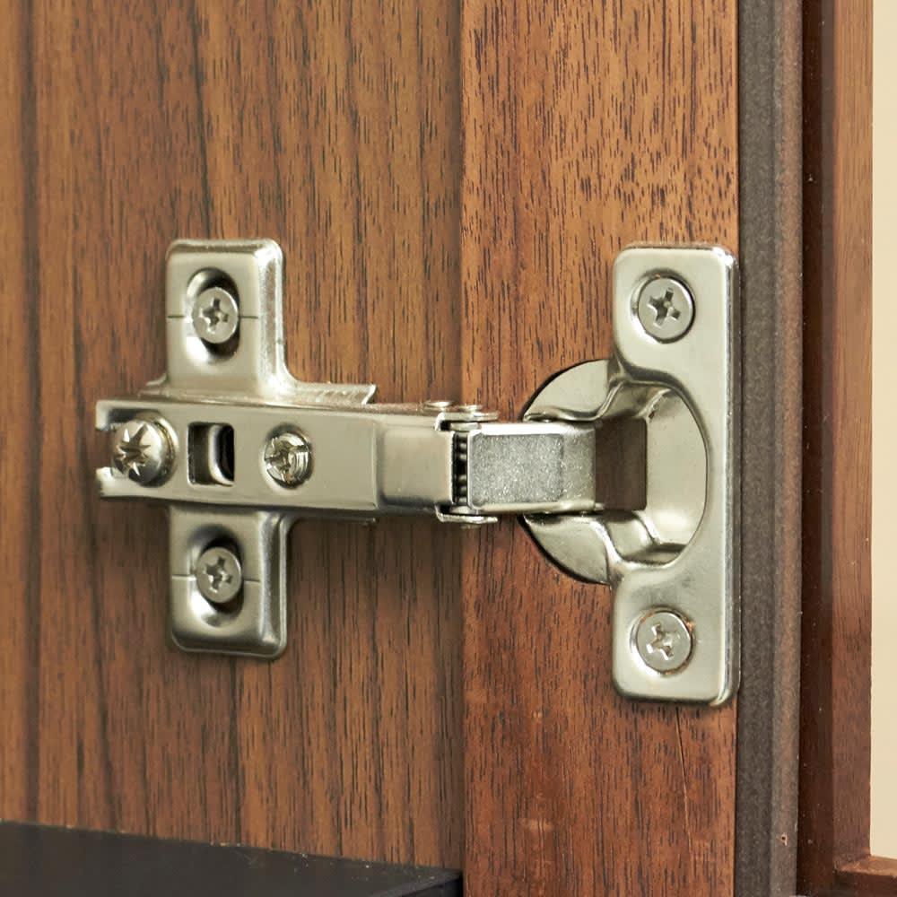 AlusStyle/アルススタイル 隙間収納 ハイタイプ(高さ164.5cm)幅35cm 扉はしっかりとした金具で取り付け。配送や引っ越し中にどうしてもできる上下左右のずれも簡単に調節していただけます。