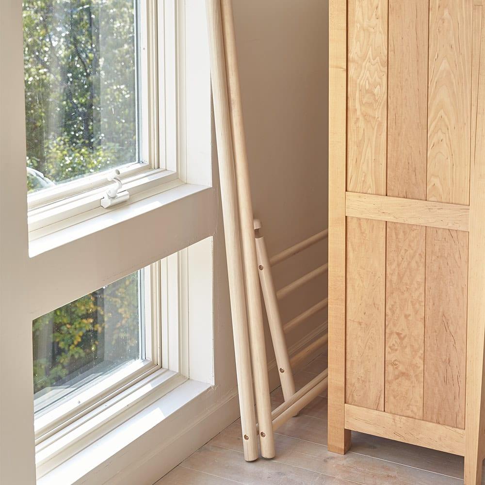 Ridge/リッジ A型天然木ハンガーラック 幅88cm 折りたたんでコンパクトに収納できます。