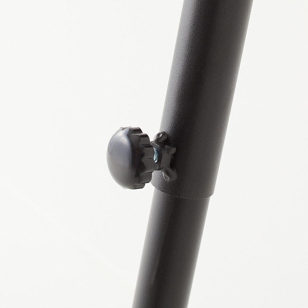 Galliard/ガリアード 立て掛けランドリーラック 棚2段 調節ネジでお好みの高さに調節可能。