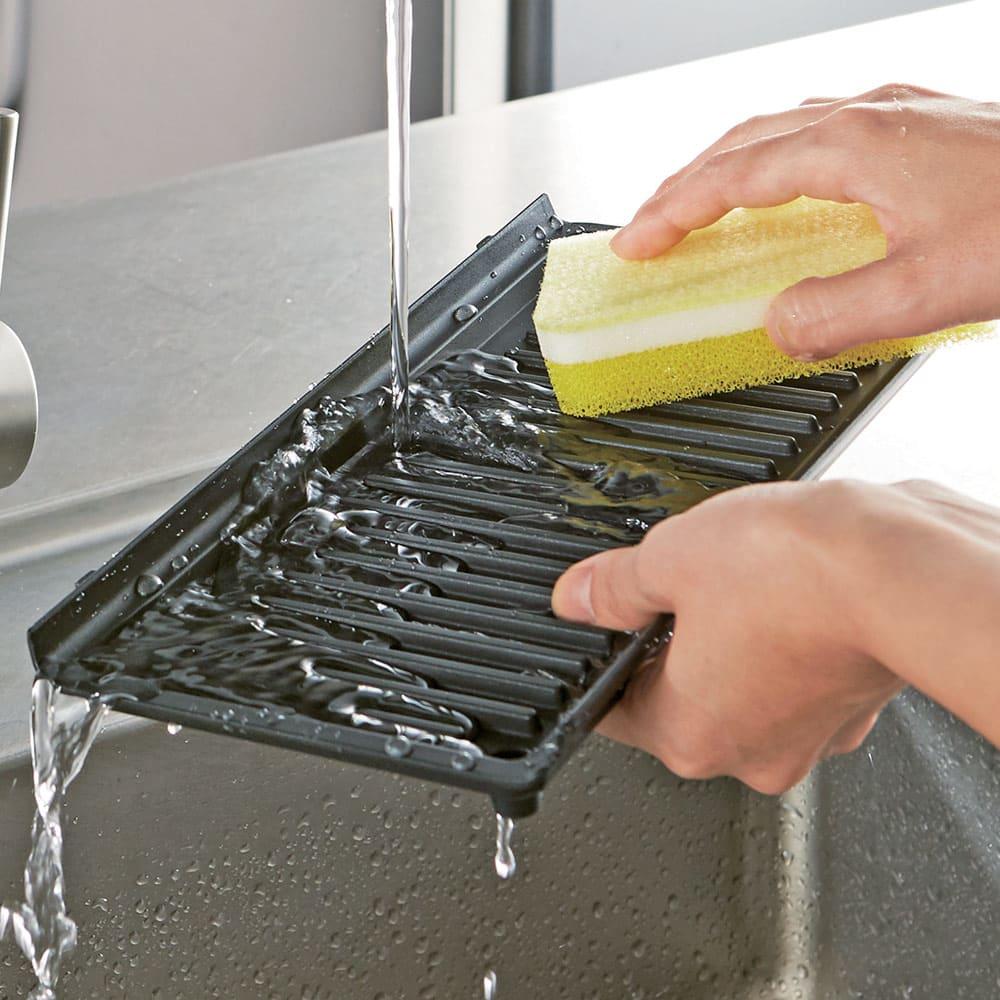 DeLonghi/デロンギ マルチグリル エブリデイ サンド & ワッフルメーカー (SW13ABCJ-S) プレートは外して洗えます。食洗器もOK。