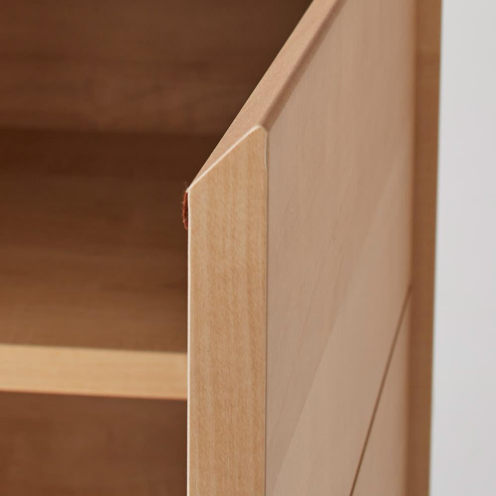 Sabio/サビオ リビング家電収納 サイドボード 幅89.5cm 扉もシャープなデザインです。