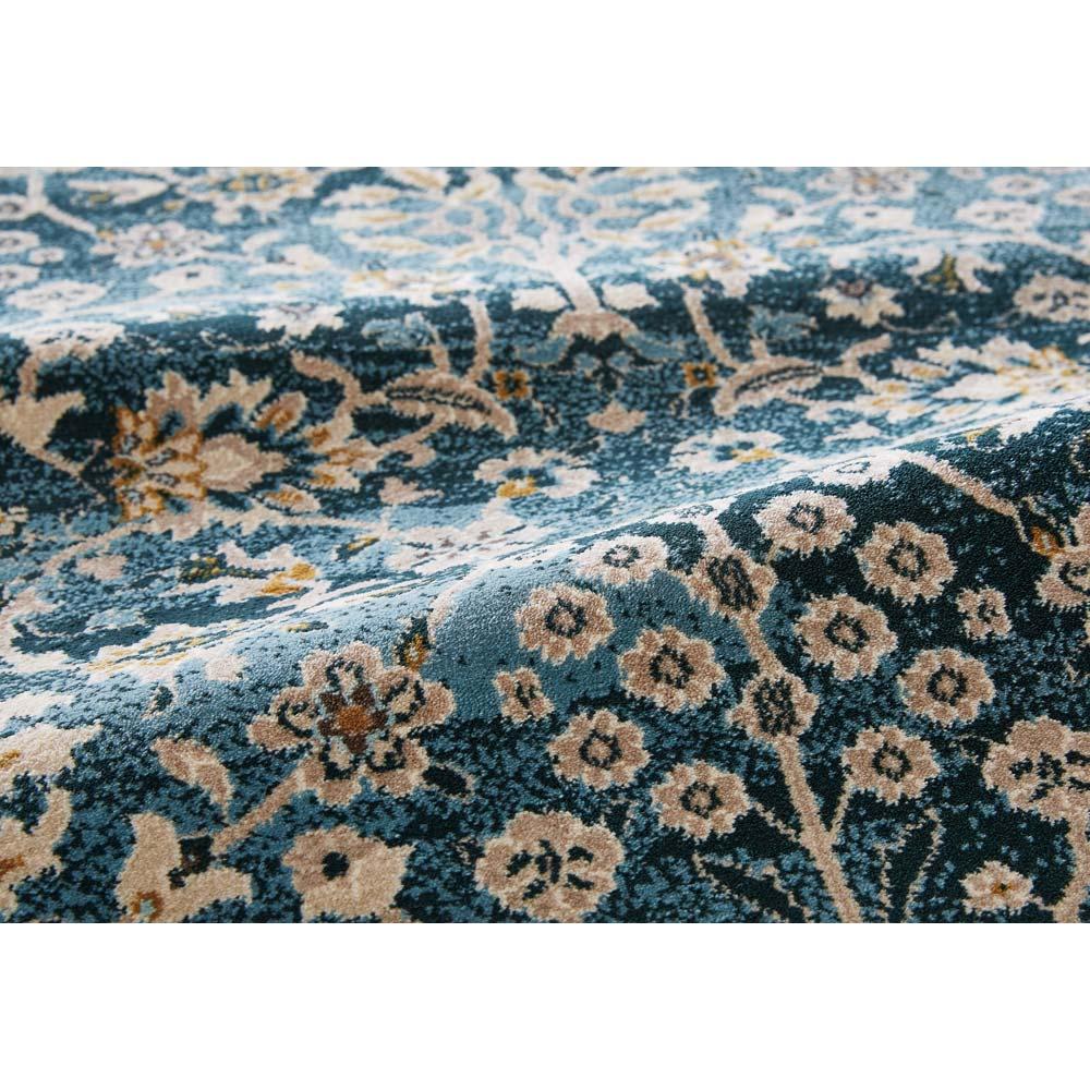 トルコ製ウィルトン織 マット〈アクアホーム〉 ヒートセット加工で柔らかく遊び毛が出にくいので、お手入れもお手軽です。