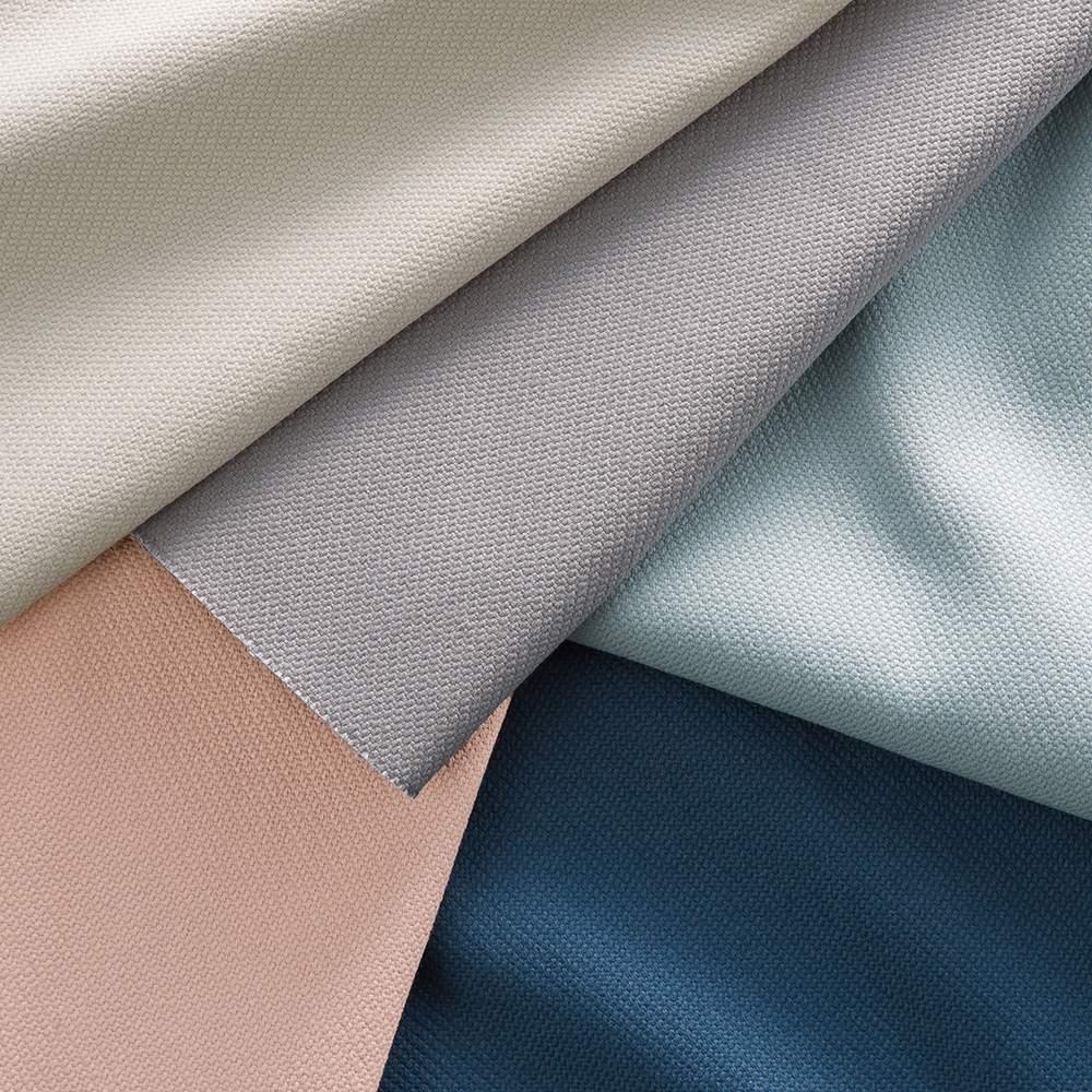 innovator/イノベーター キャプテンチェア2019 NEWモデル グレーフレーム ほどよくハリがあり、なめらかで丈夫。丁寧に織り込まれた「倉敷帆布」を使用しています。グレイッシュなペールトーン5色をご用意。