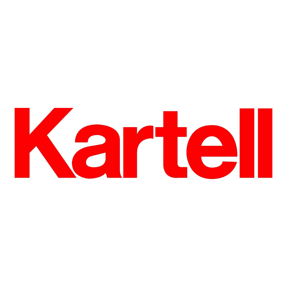 Planet/プラネット ランプ カルテル社は、イタリア最大のプラスチック家具メーカー。巨匠デザイナーとコラボした製品は独創性にあふれ、イタリアデザインの歴史に大きな功績を残しています。
