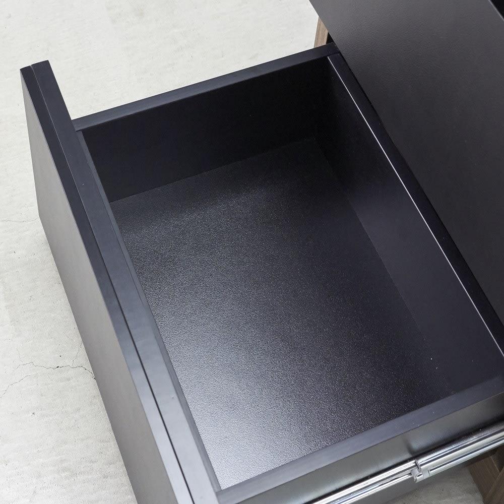 AlusStyle/アルススタイル カウンター下収納庫 チェスト 幅40cm 引出しはしっかりとした作りの『箱組み』を採用。開け閉めが多いキッチン使いに適した作り。