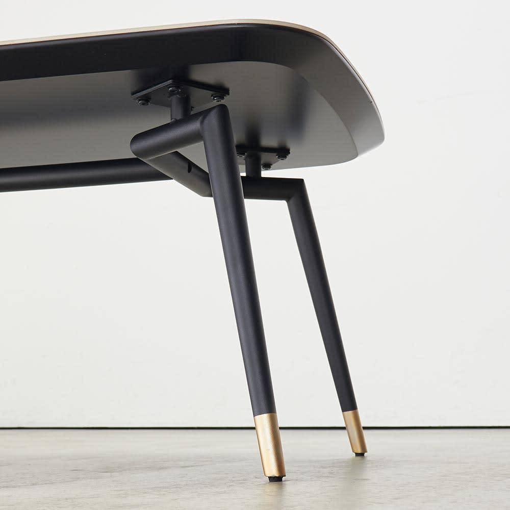 Raamine/ラミネ セラミックトップ・リビングテーブル 脚部の形もこだわっています。