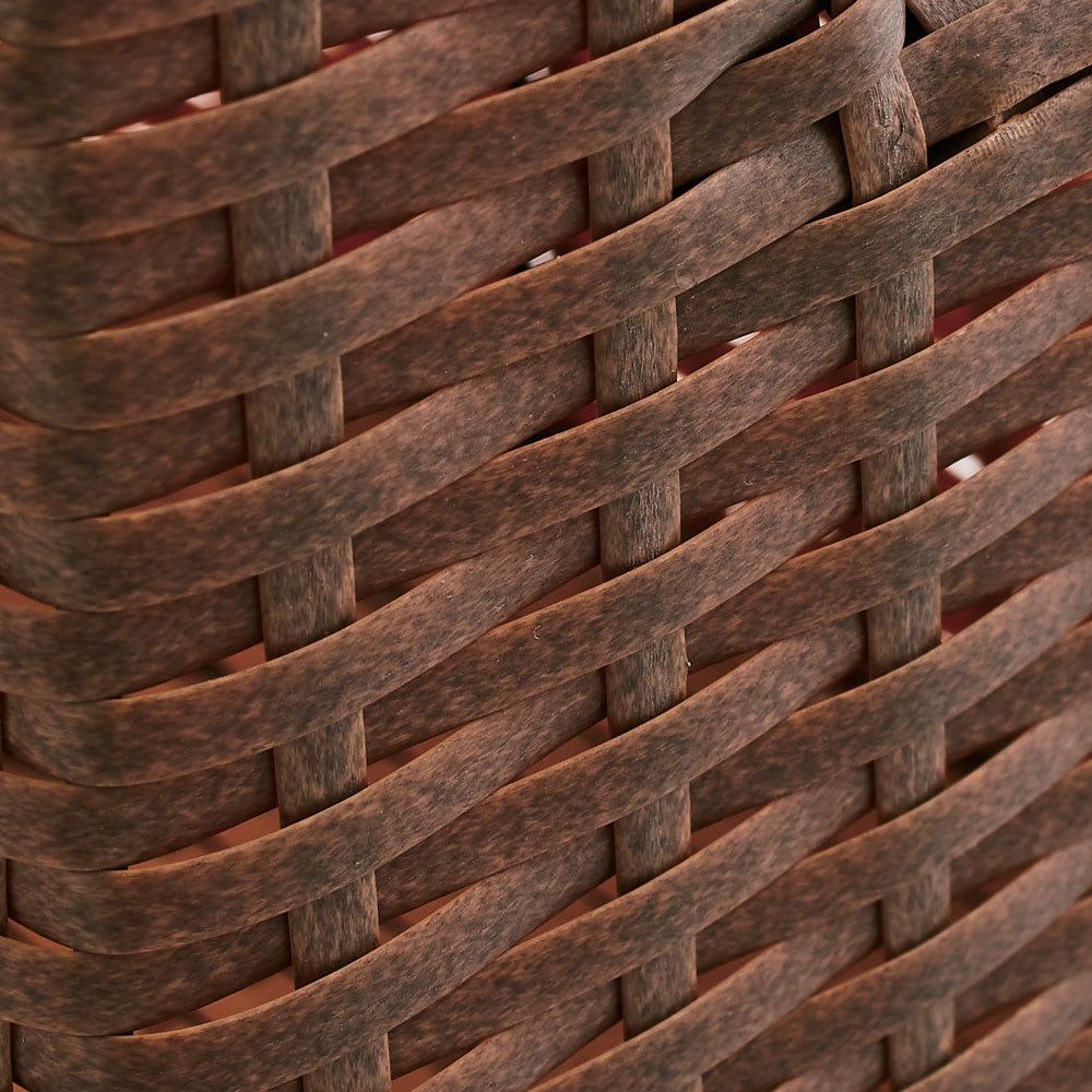 Nelia/ネリア ラタン調すき間ランドリーチェスト ハイ高さ180cm 幅25cm ブラウンはかすれたようなリアル感のある風合い。